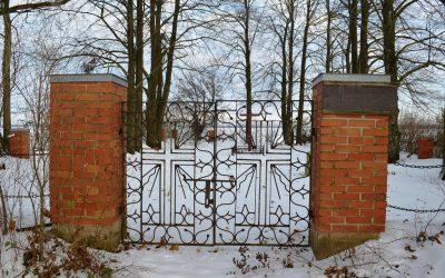 Tarvydų kapinės2