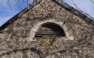 Lygumų kapinių koplyčios fragmentas